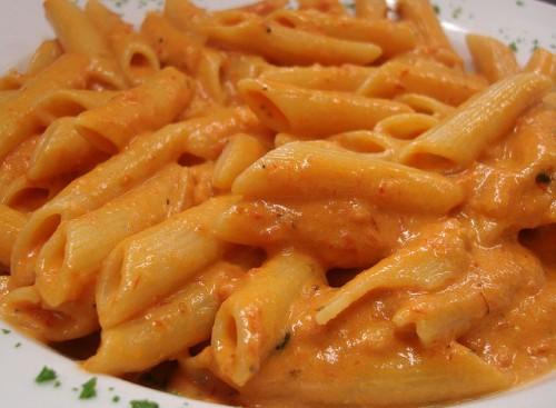 food-italian-pasta-penne-vodka-sauce-Favim.com-181622.jpg